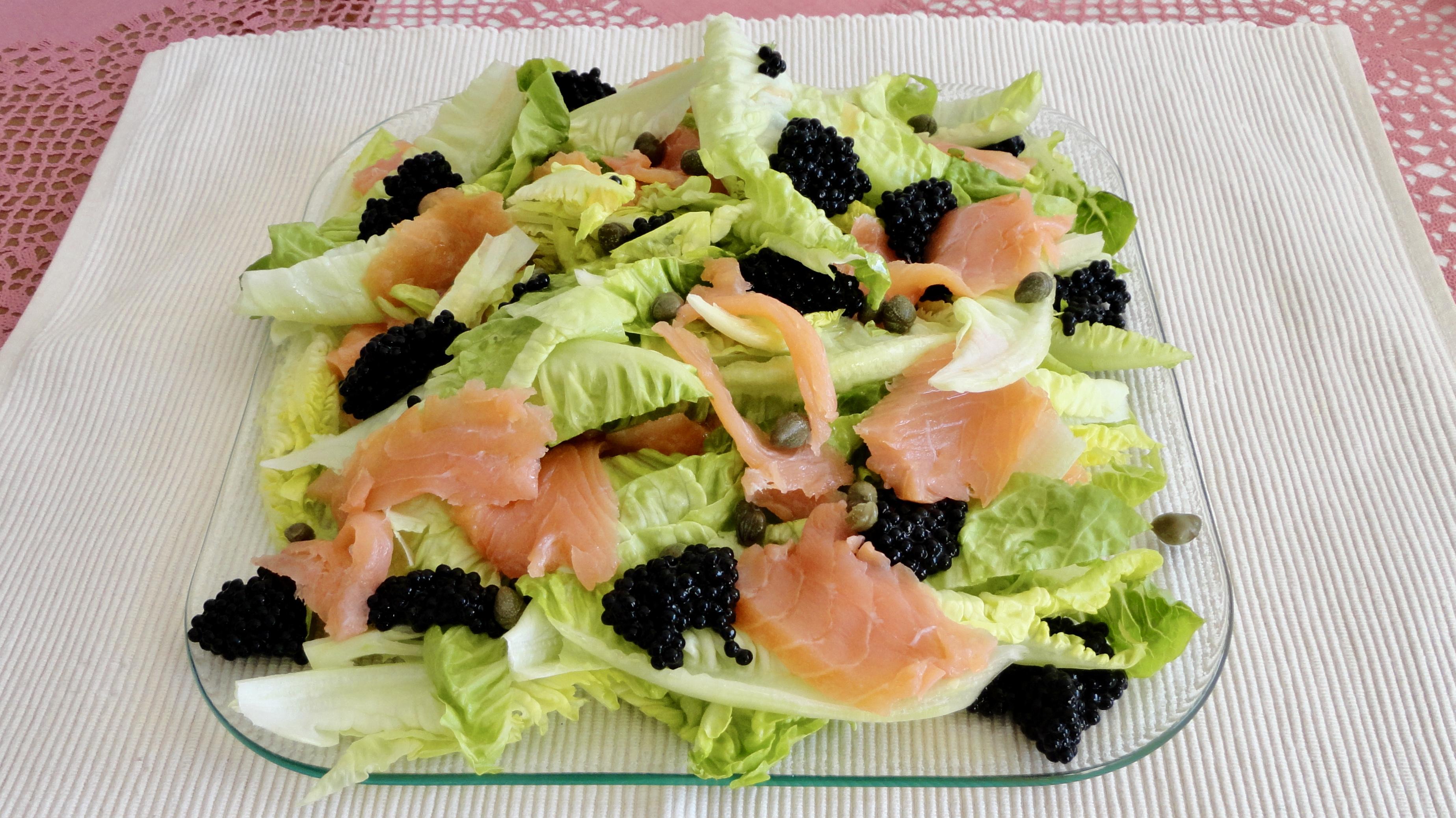 Salada de Salmão e Ovas