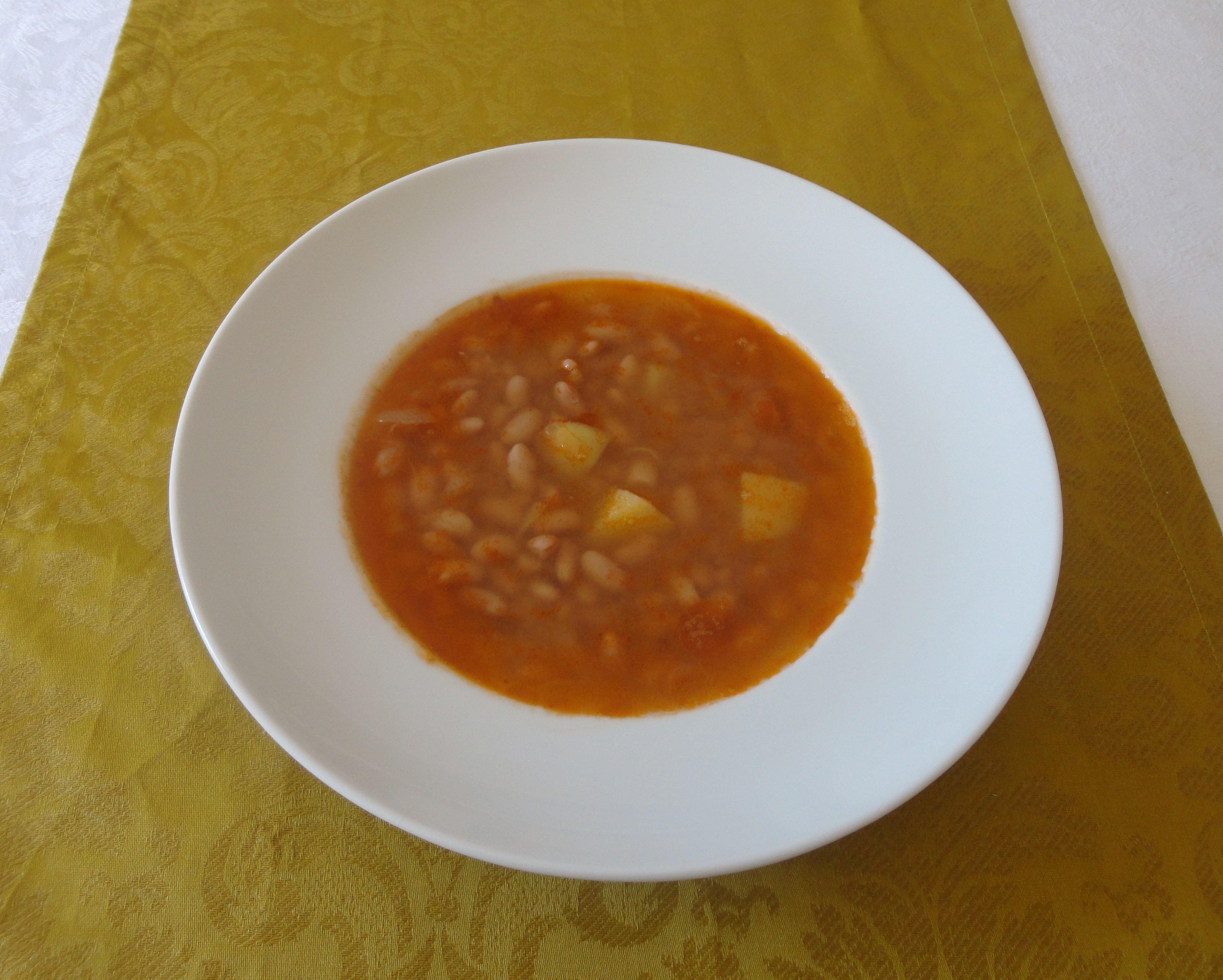 Sopa de Feijão Canário