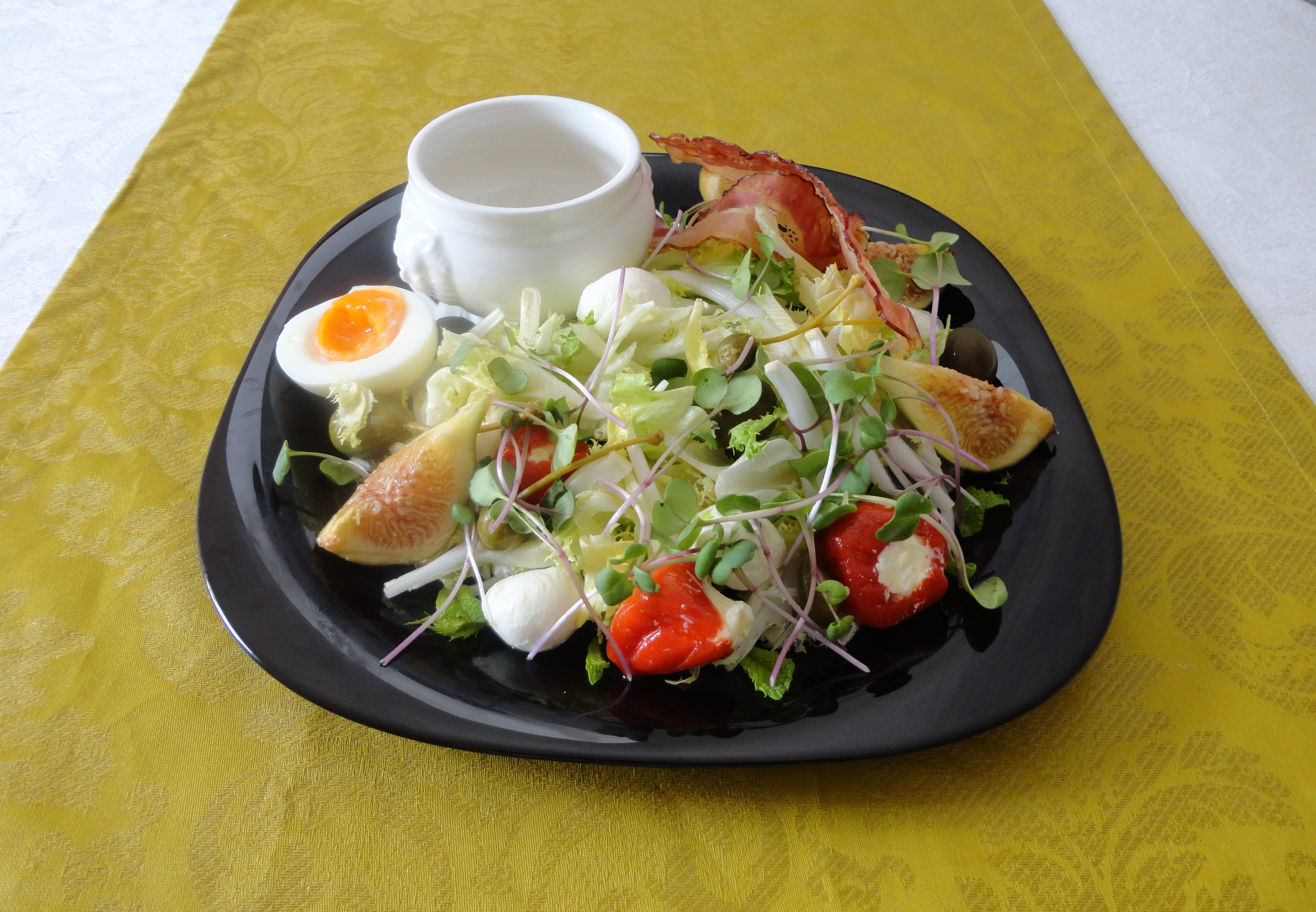 Salada com Mozzarella e Bacon