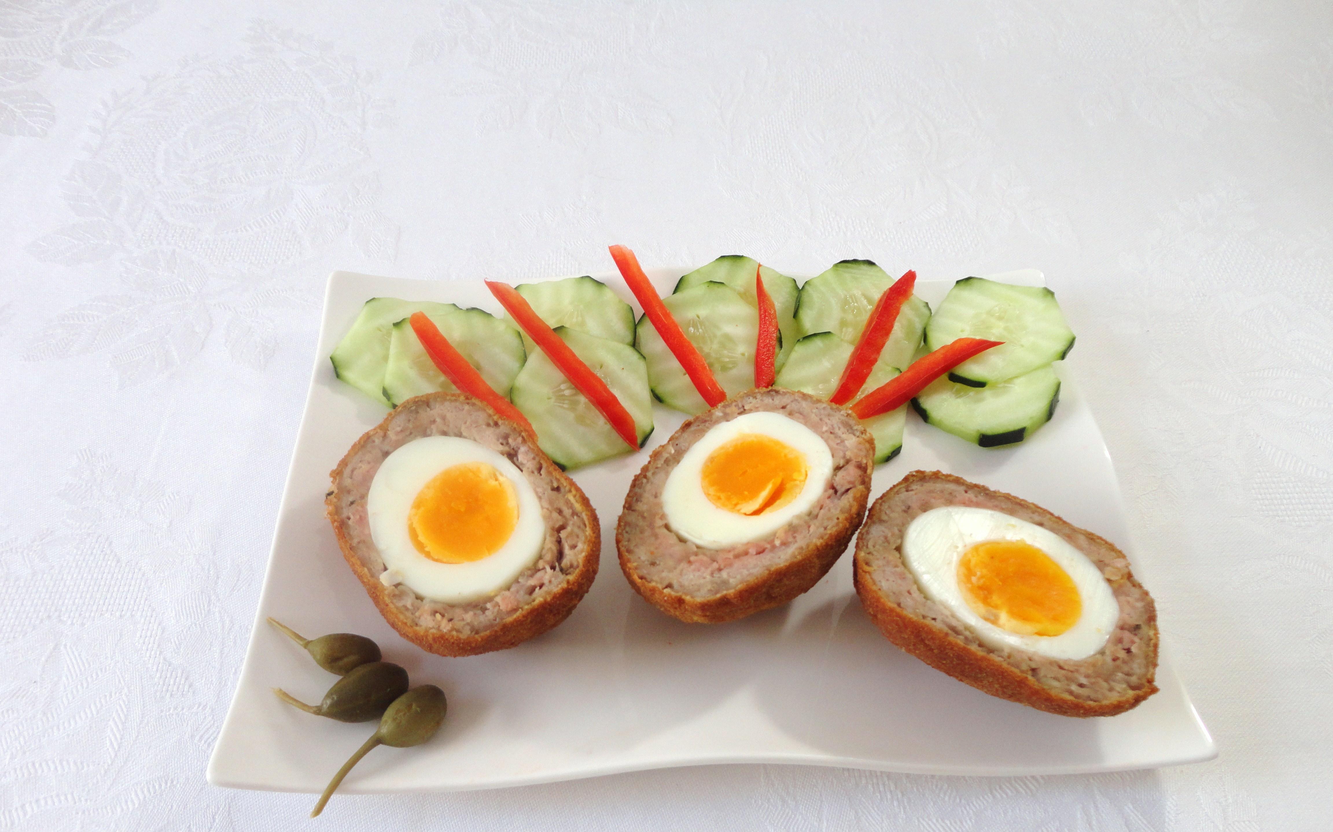 Carne Recheada com Ovos