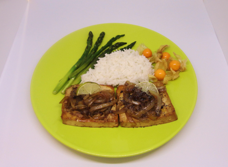Tofu com Cebolada