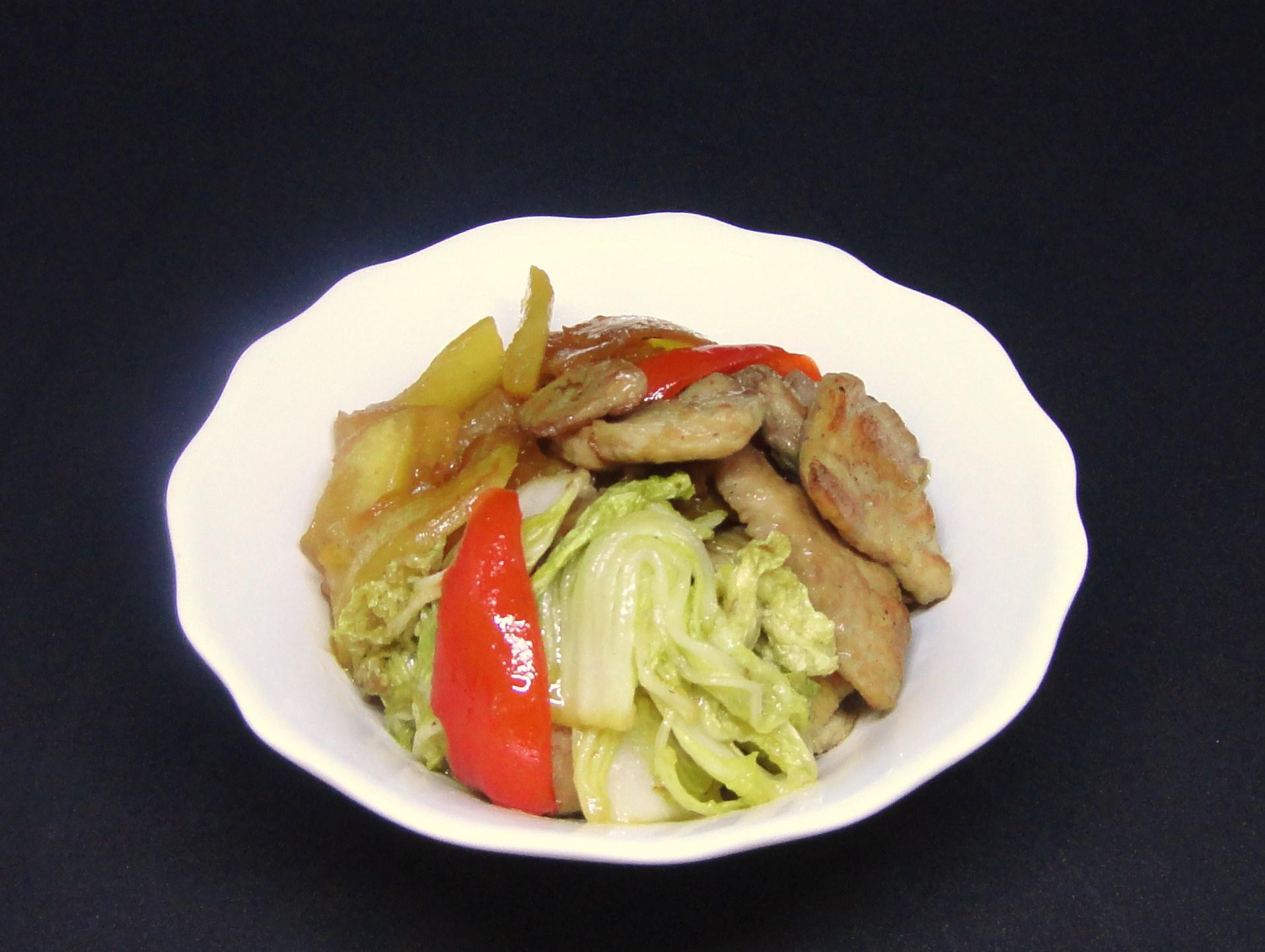 Bife Salteado com Abóbora e Couve Chinesa