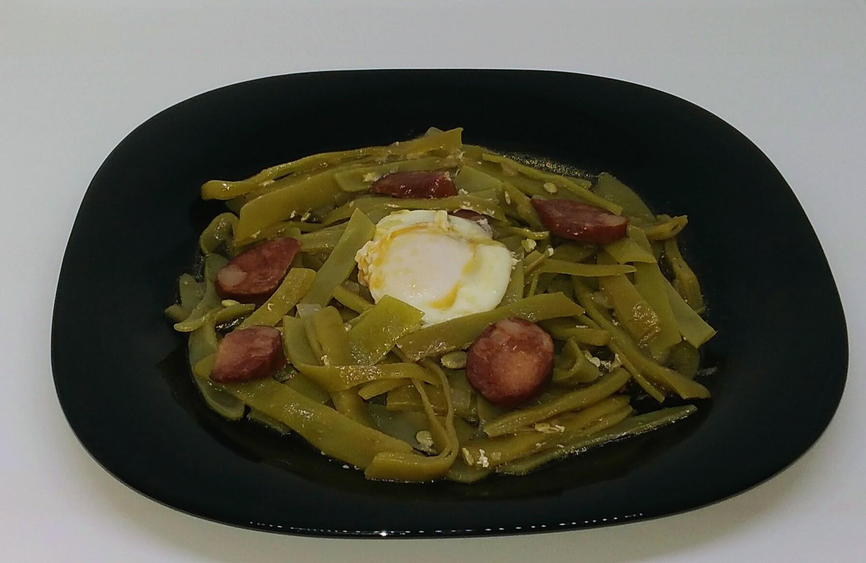 Feijão Verde com Ovos Escalfados