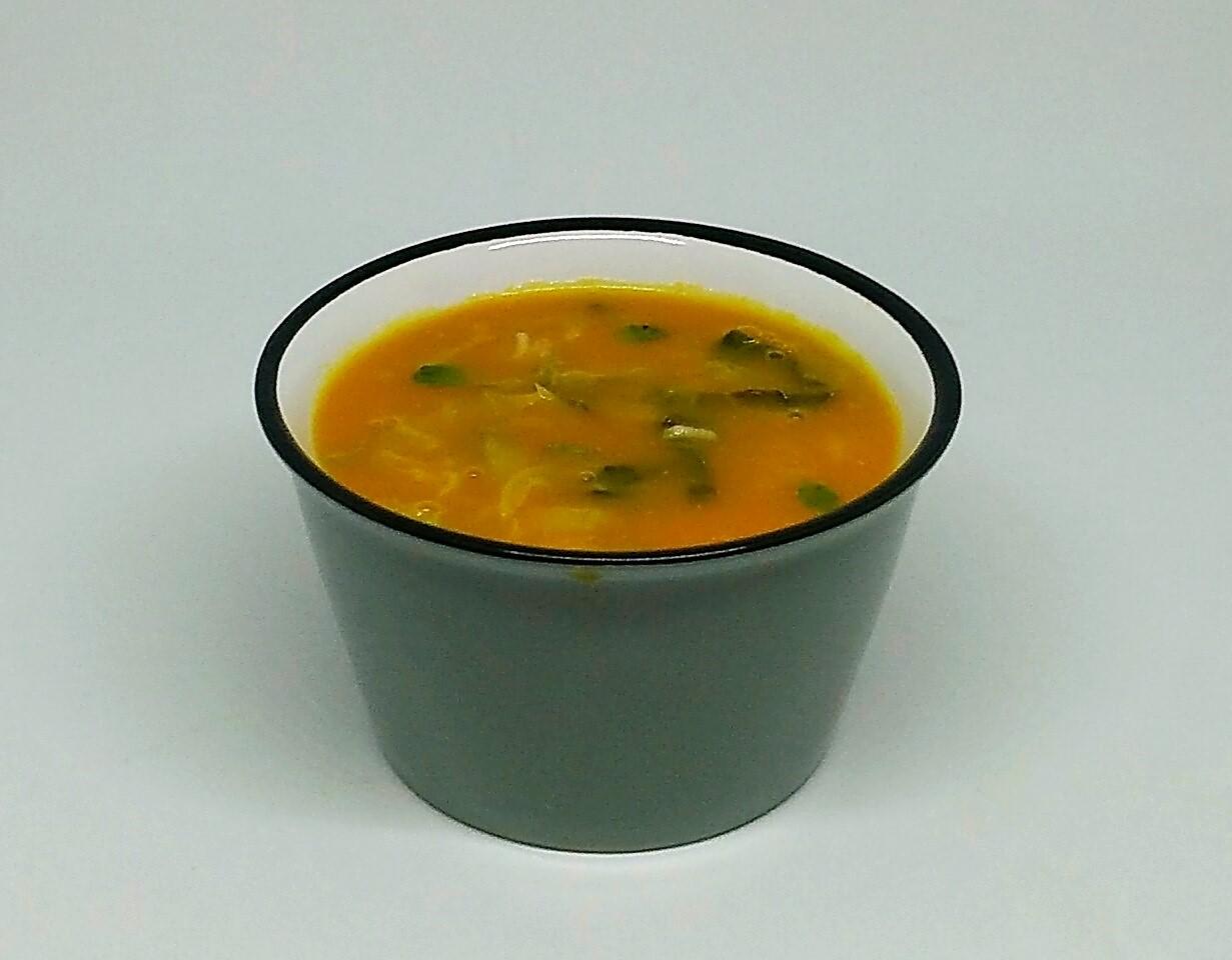 Sopa de Abóbora com Couve Lombarda e Hortelã