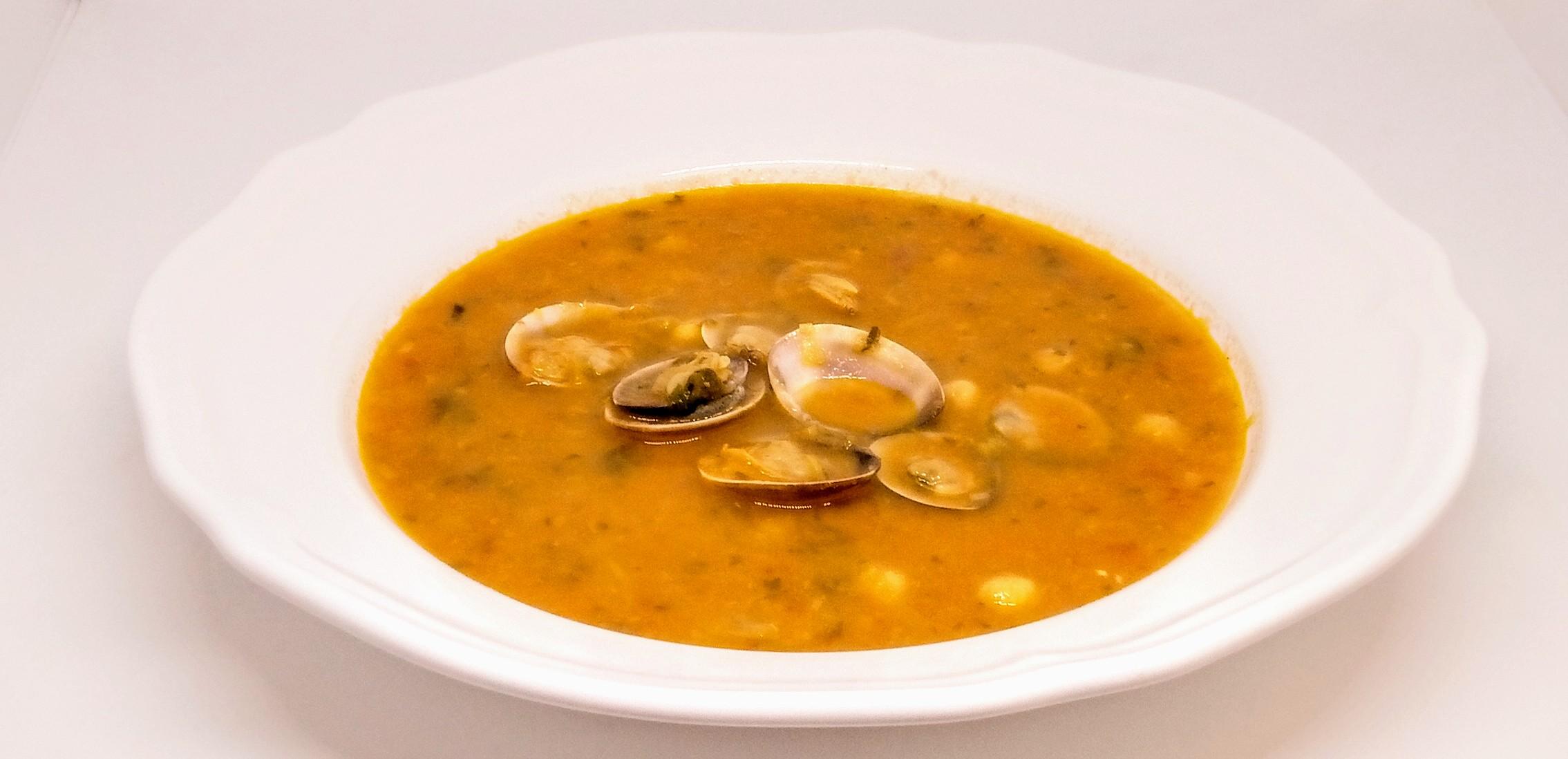 Sopa de Grão com Ameijoas