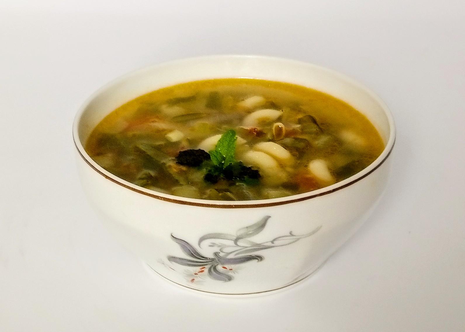 Sopa de Feijão Verde com Cotovelinhos