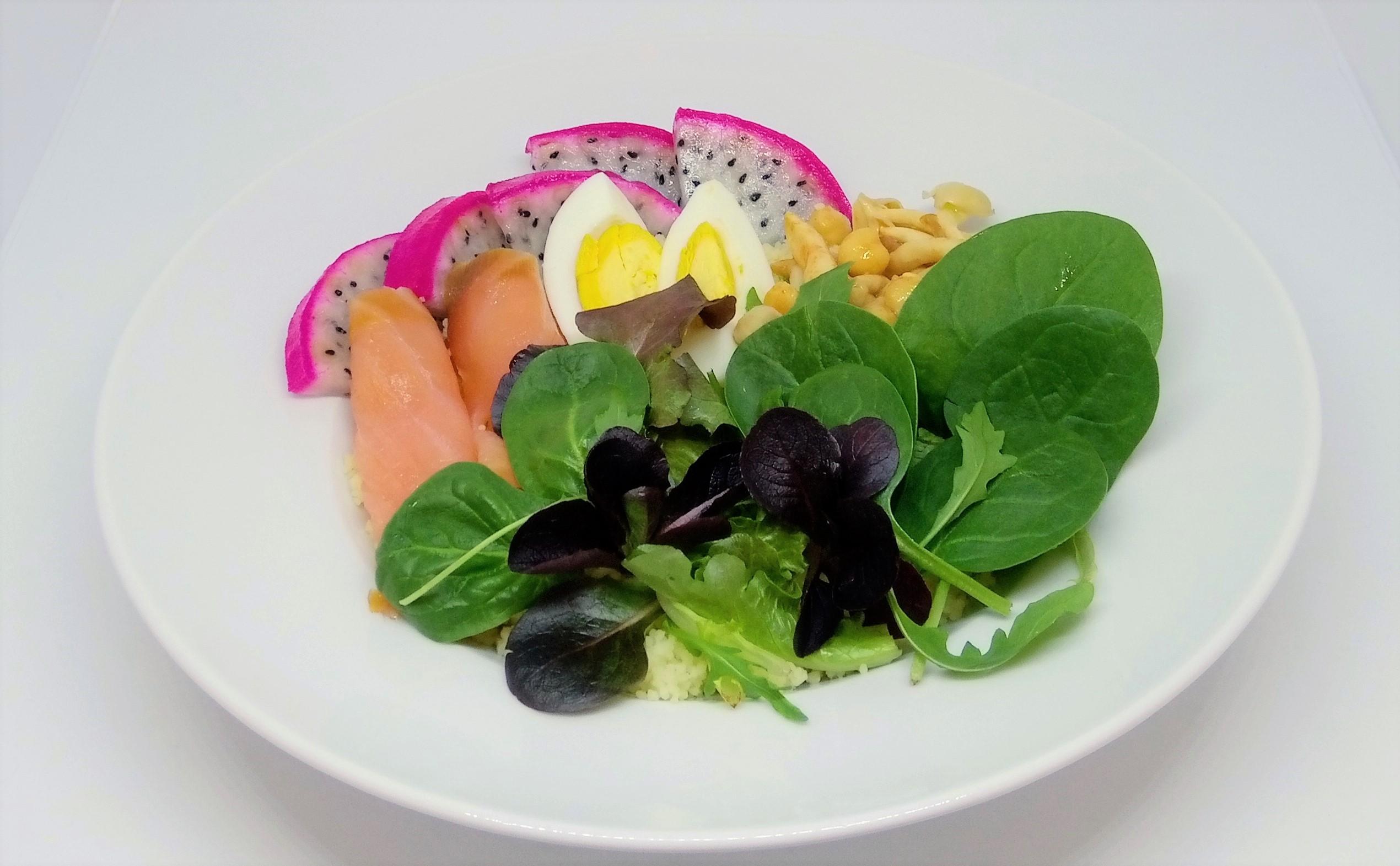 Salada de Couscous com Salmão Fumado
