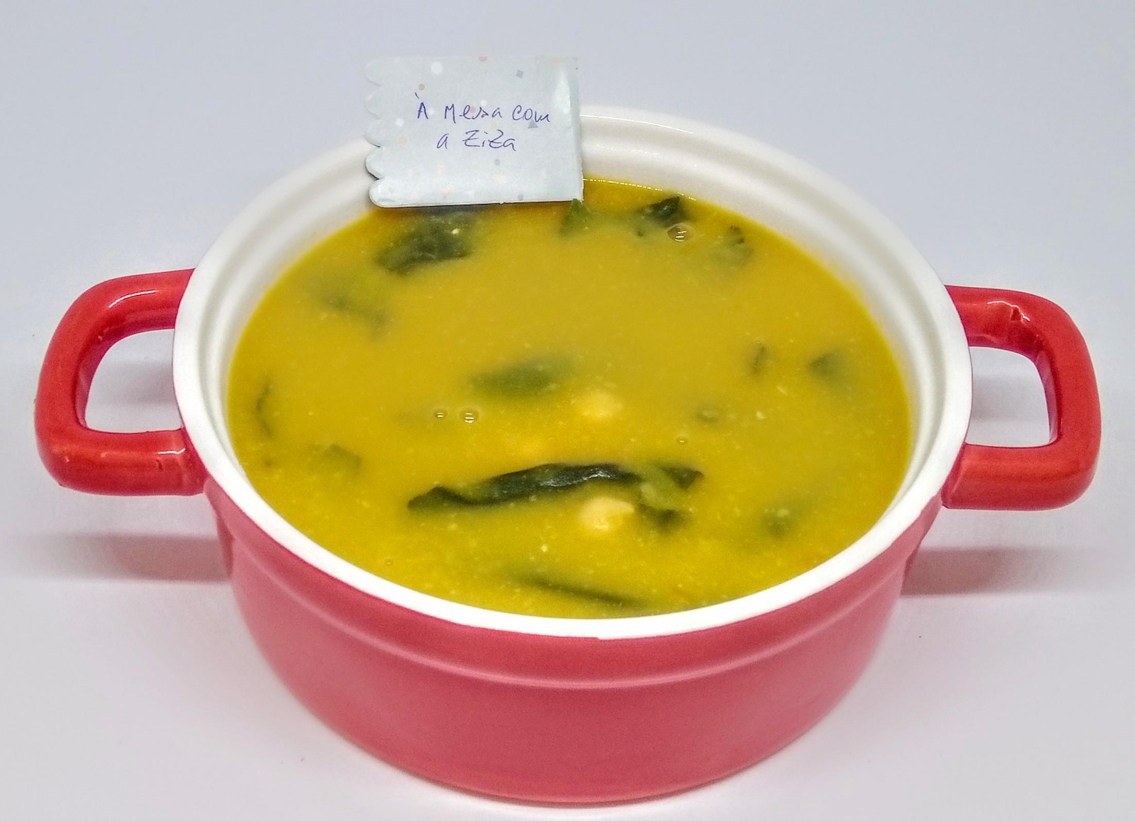 Sopa de Grão com Acelgas